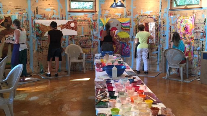 Painting in the Hui Ho'olana yurt on Moloka'i | The Painting Experience Blog